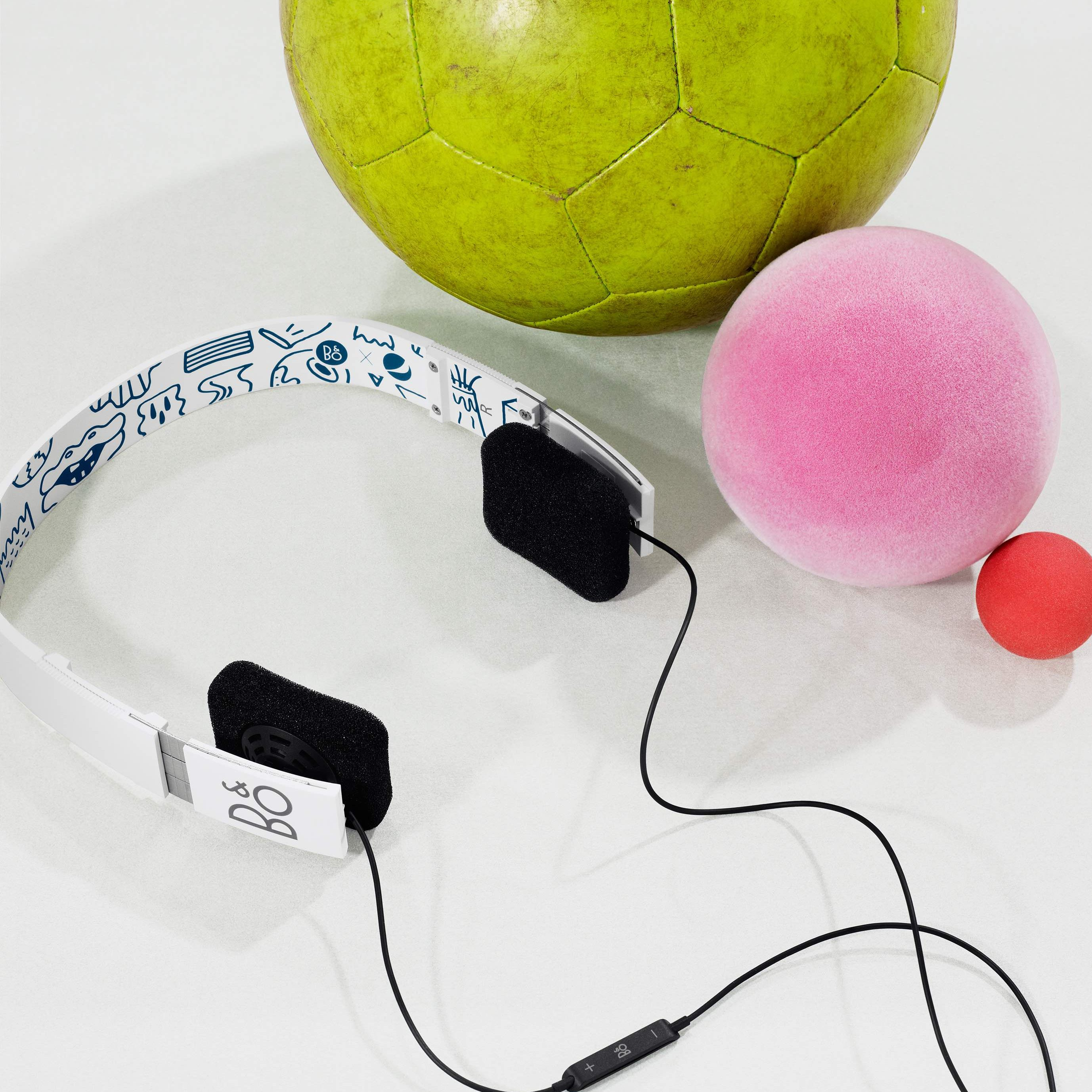 BeoPlay Form 2i - Wit Pepsi